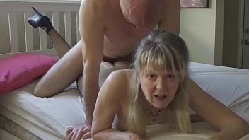 fuck mature hard again amazing vagina