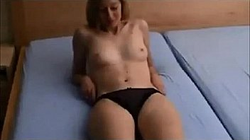 Amateur small shaking tits