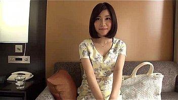 ラグジュ 羽田莉子 30歳 キャビンアテンダント