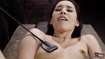 Les peseins seins de la...