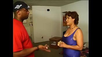 pornoostjerner Kira Rodriguez