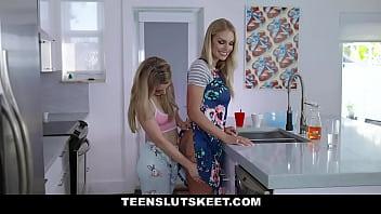 watch alice in wonderland porn