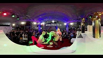 VR live show sur Venus...