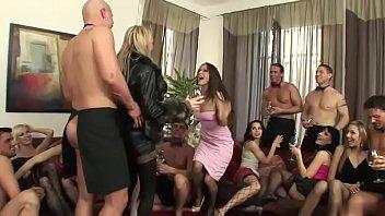 Peliculas porno maduras cachondas alemanas xnxx Alemana Maduras Orgias Search Xnxx Com