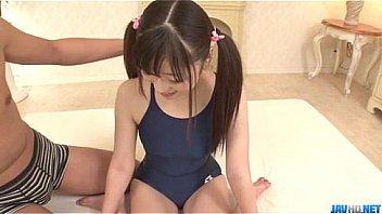 ロリ幼女が検査中に眠らして大量中出しの学生系動画