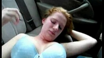 Damn she fine . white girl getting fucked in car