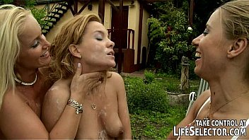 interactive lesbian outdoor BDSM game on Lifeselector