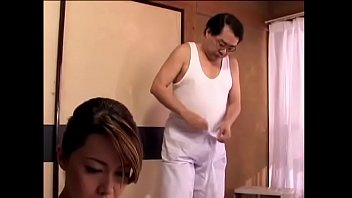 Japans vrouw cuckold met haar restauranteigenaar (Zie meer: shortina.com/H9ks7)