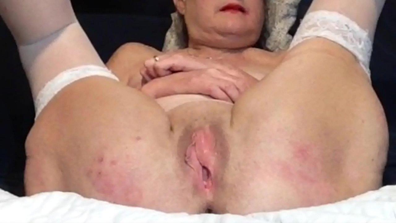 Mature Wet Creamy Pussy