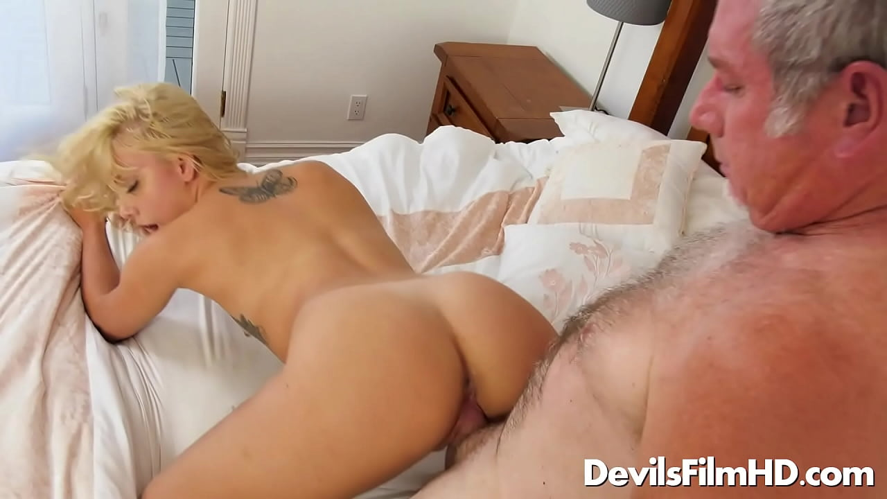 Old Man Young Woman Creampie