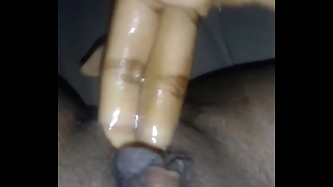 Sexy Asian Fingering Herself