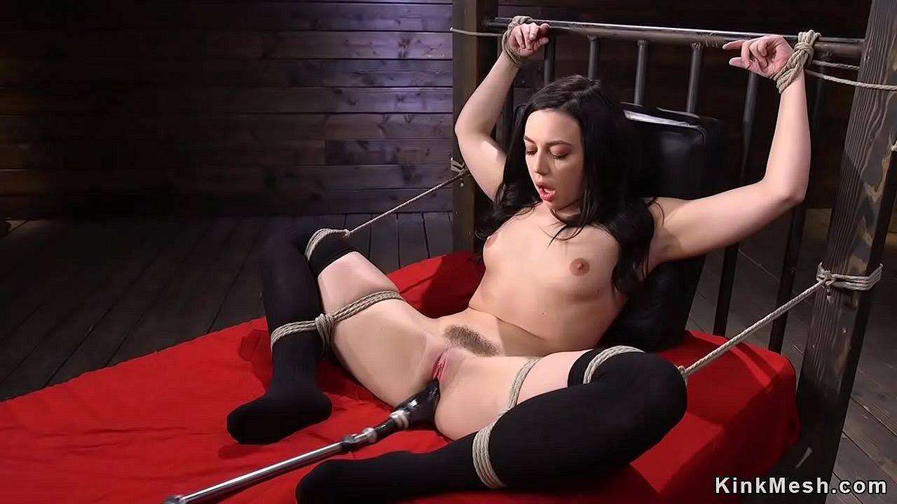 Solo Female Teen Pissing