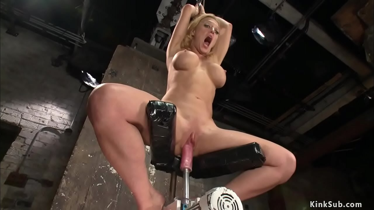 Hard Fuck Machine Squirt