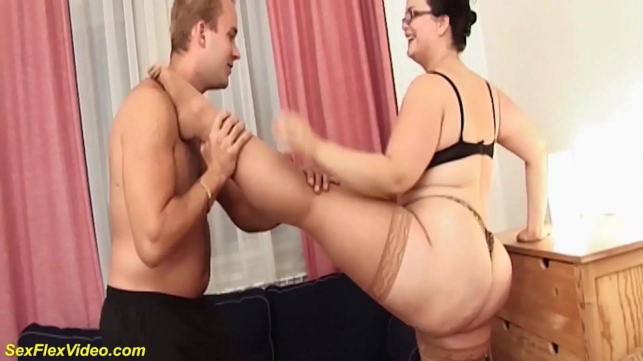 Fucking Mom Step Sister