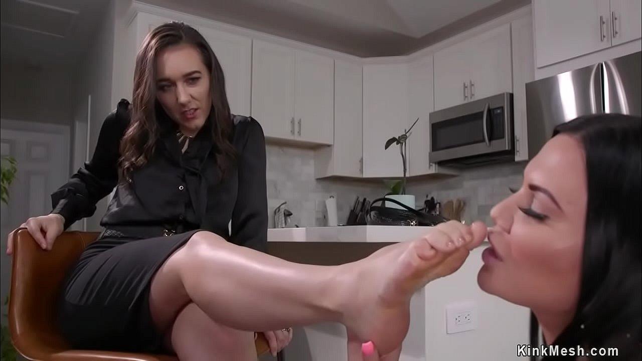 Foot Worship Lesbian Hd