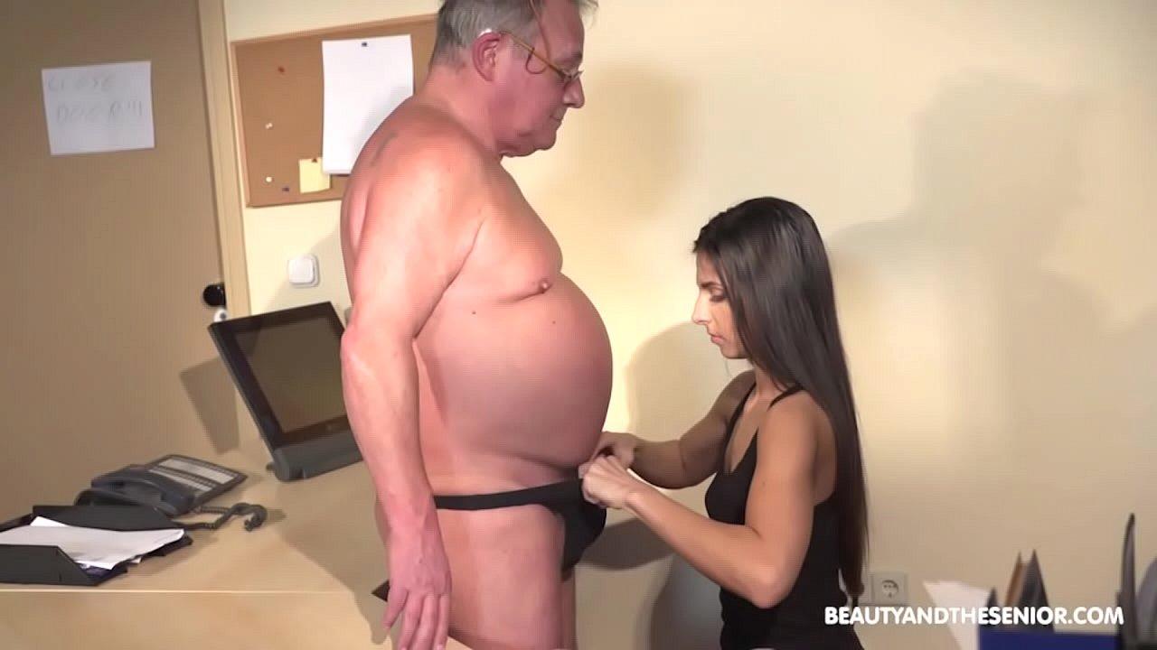 Young Girl Fucks Grandpa