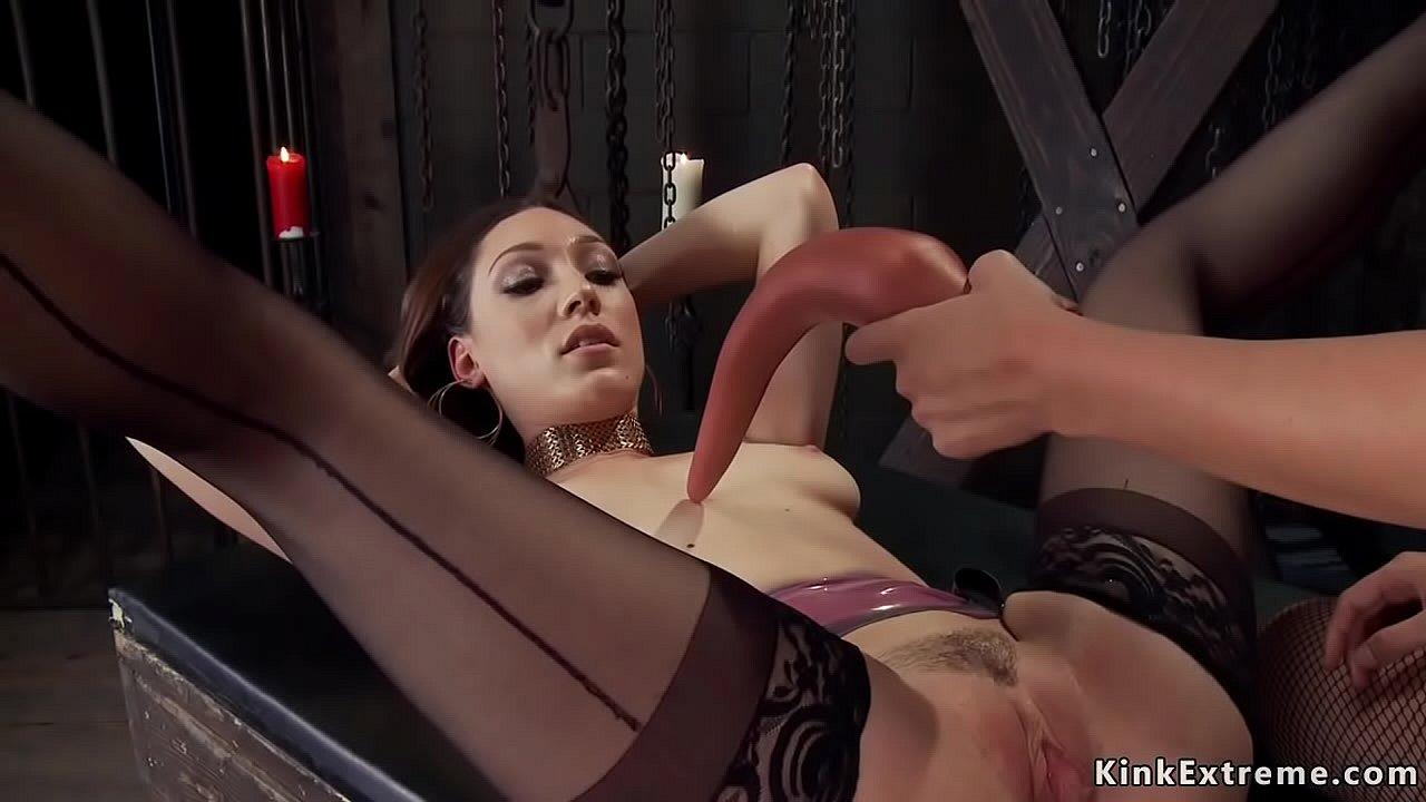 Lesbian Massage Anal Dildo