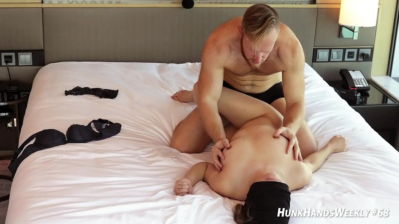 Squirt While Fucking Threesome