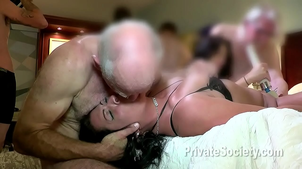 Girl Eating Out Girl Orgasm