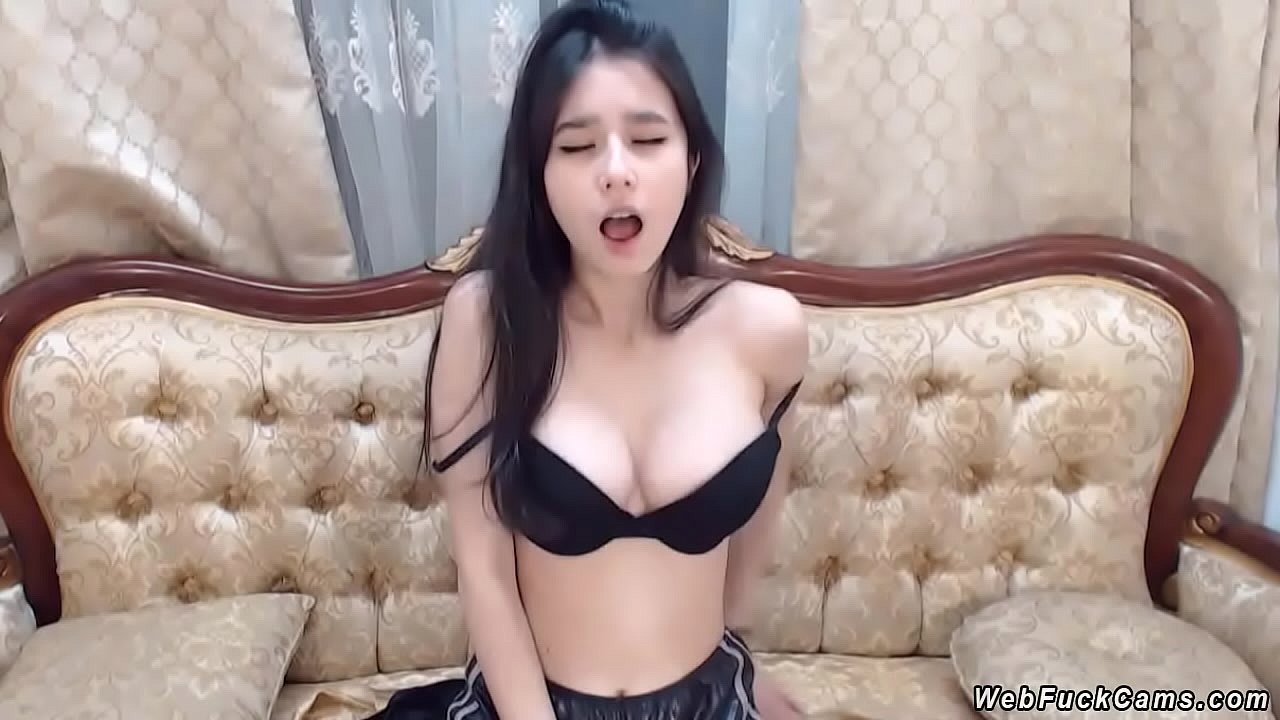 Chinese Teen Solo Squirt