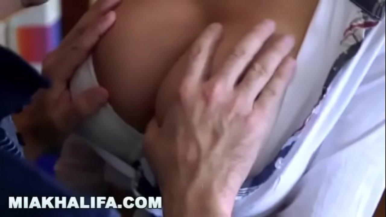Actrices Porno De La Aa La Z el último video de mía khalifa antes de retirarse de la