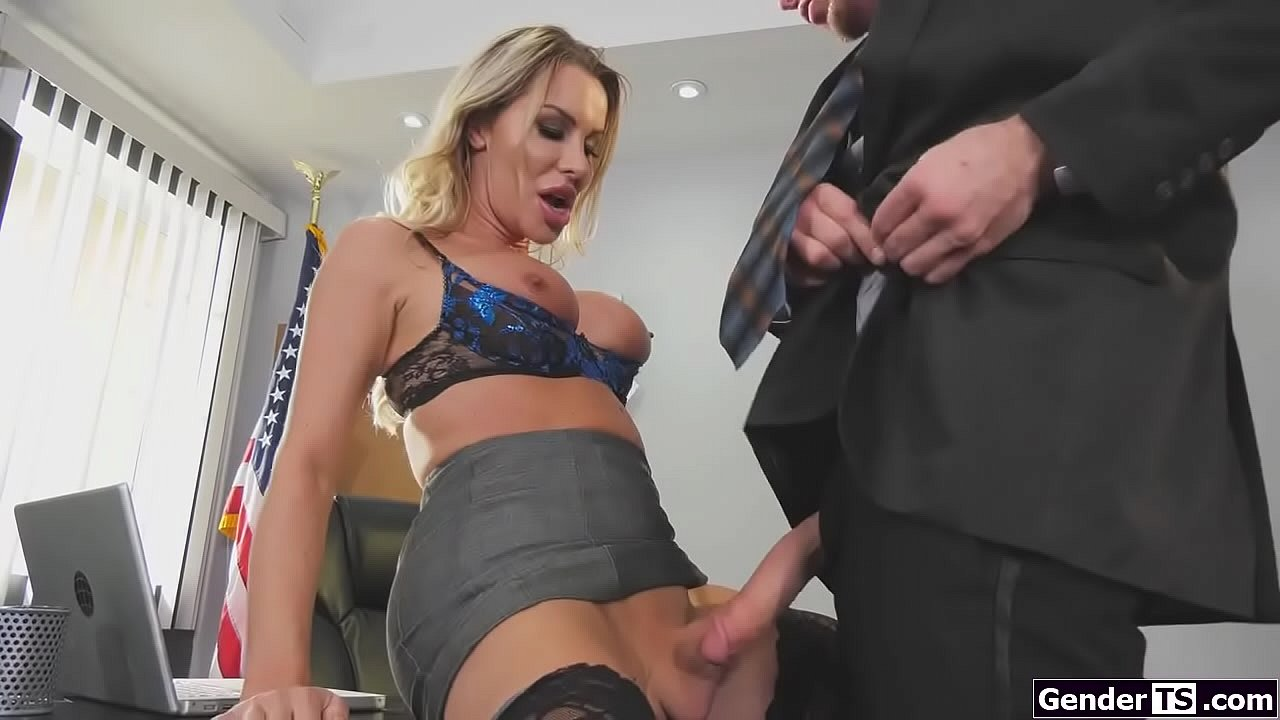 Amateur Big Tit Milf Blowjob