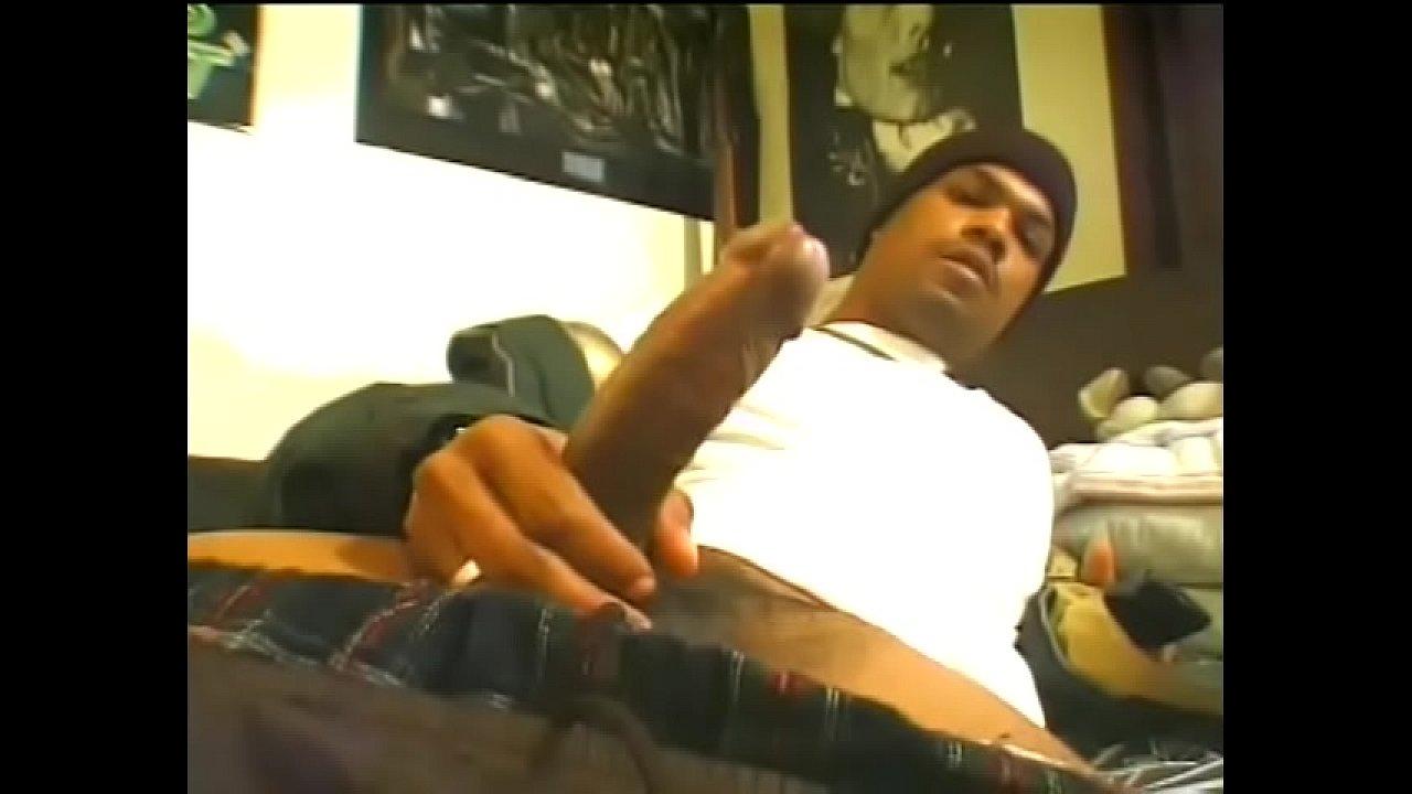 Otages Porno Castellano ghetto thug with wool cap yanks his black tool - xnxx