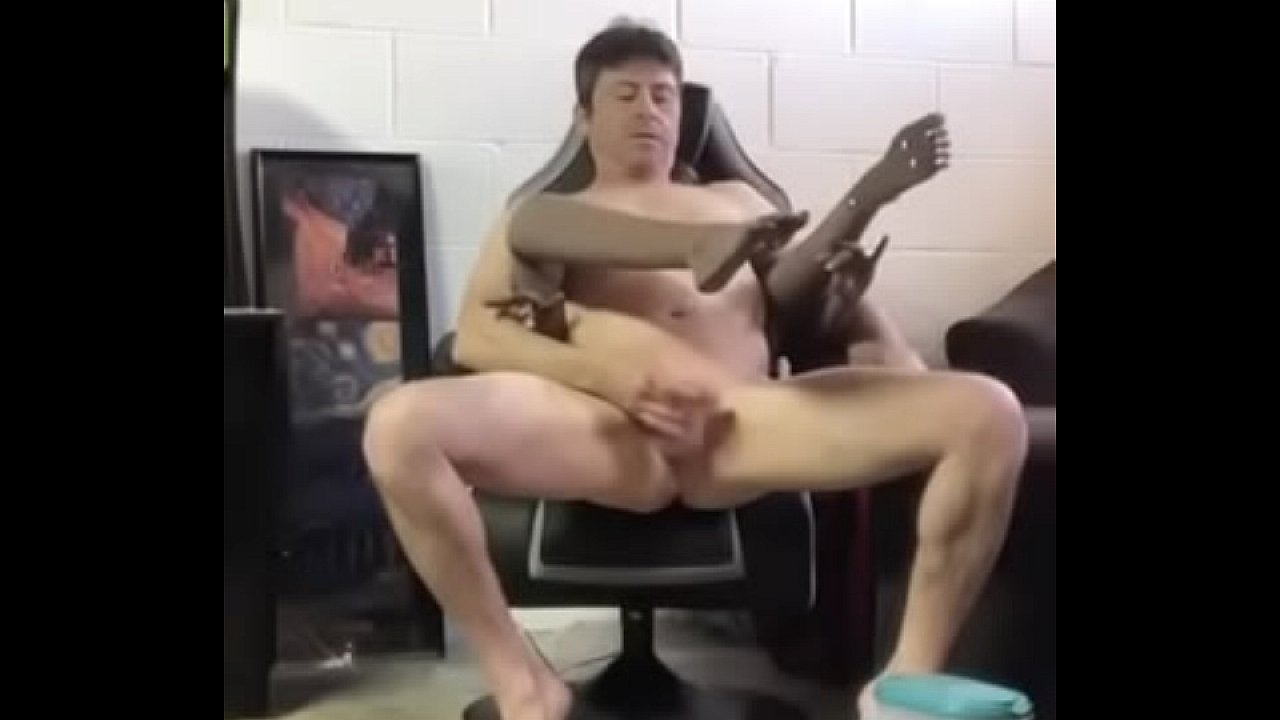 Pissing Sex Dolls Perverse Kink Tubekek Com