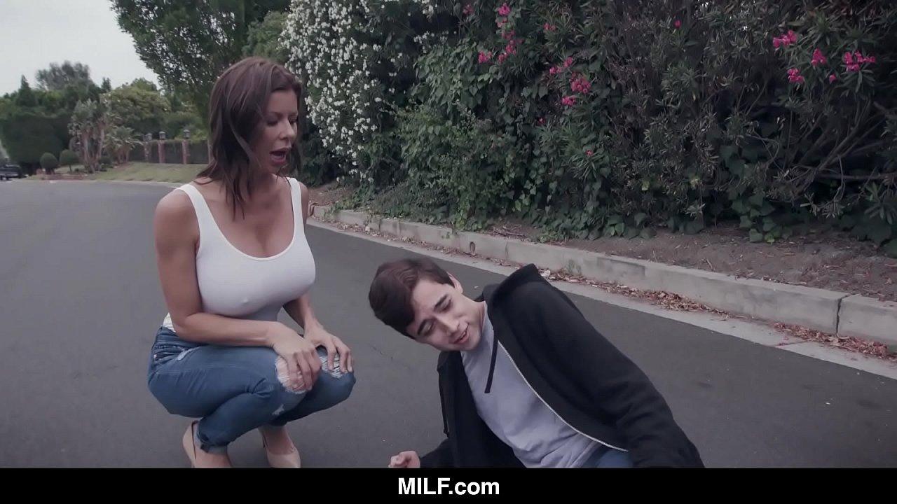 Milf Watches Guy Masturbate