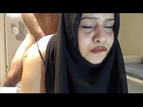 amateur muslim girl gets first time anal creampie