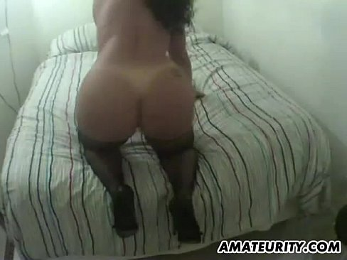 amateur wife sucks and fucks