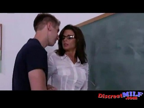 Filthy teachers pussy — img 1