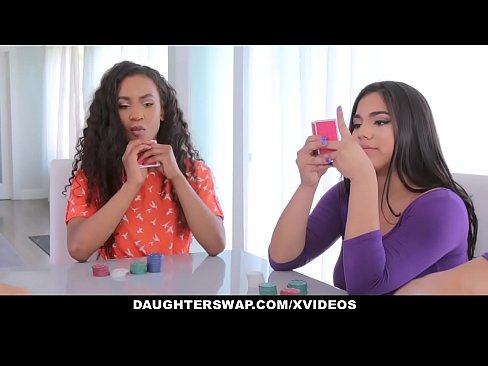 DaughterSwap - Latina Chaude Bestfriends Putain De Daddys
