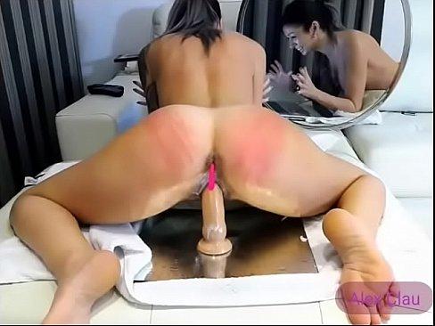 Alex ow pussy