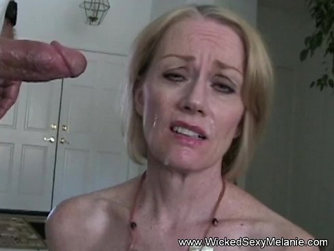Video swallows blowjob gives blowjob a boss milf her