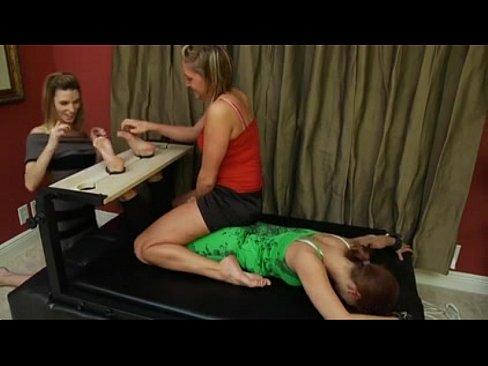 taylor tickling feet