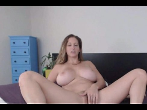 Girl fucks herself and squirts