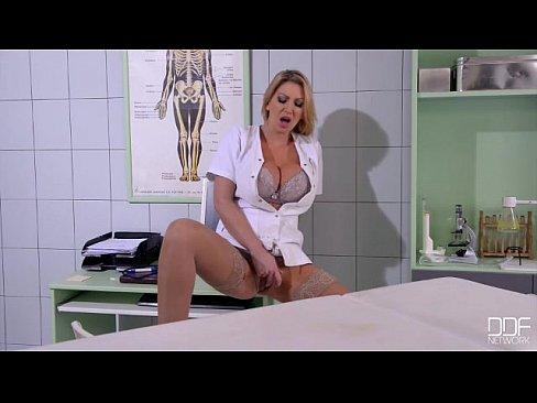 Debby ryan sex xxx