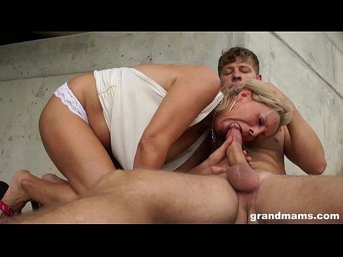 Blonde milf sex