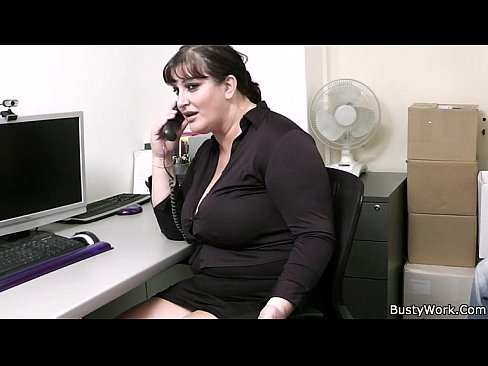 Office sex with boss and busty secretary - XNXX.COM