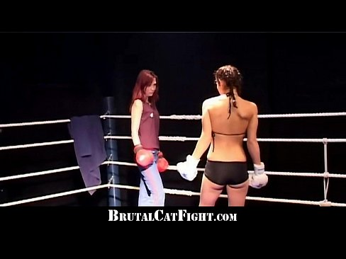 Ring girls boxing topless
