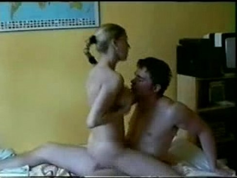 Wilde college girl riding dick