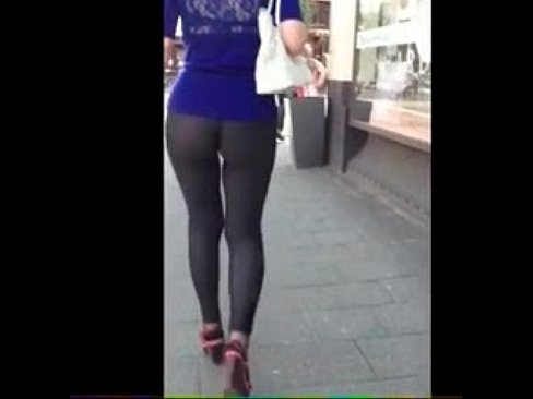 Awesome Candid Video Girl In Tight Ass Yoga Pants 01