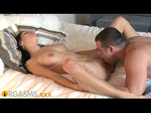 Getting Her Pussy Eaten Orgasm