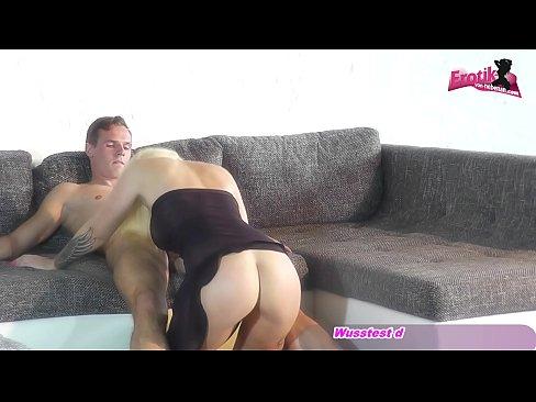 Gros plan de Sperme dans la Bouche super doux allemande amy-x adolescent