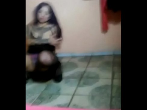 Puta me baila para mi en vivo y a ellos x webcam