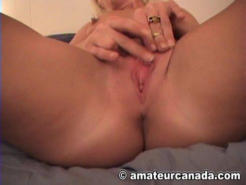 Sexy blonde masturbating homemade can