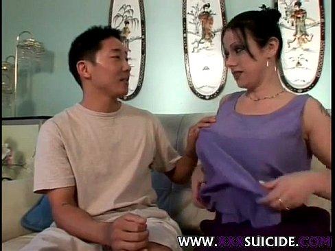 tattooed emo slut sucking and fucking asian guy