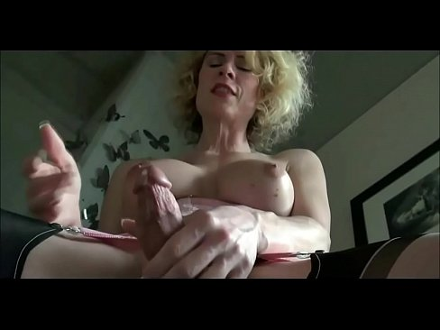 Shemale cum on herself