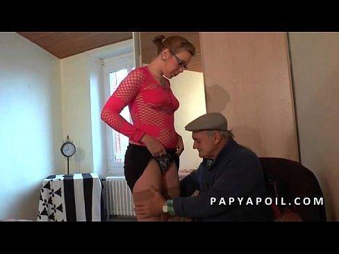 papy chez les putes 2 sexe entre vieux et jeune